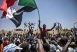 Sudan army orders protesters to tear down barricades