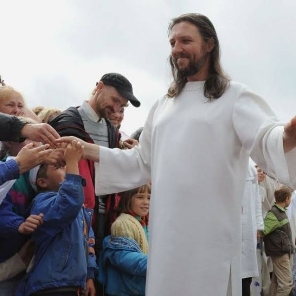 Cult leader who claims to be reincarnation of Jesus arrested